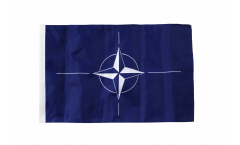 Bandiera NATO con orlo